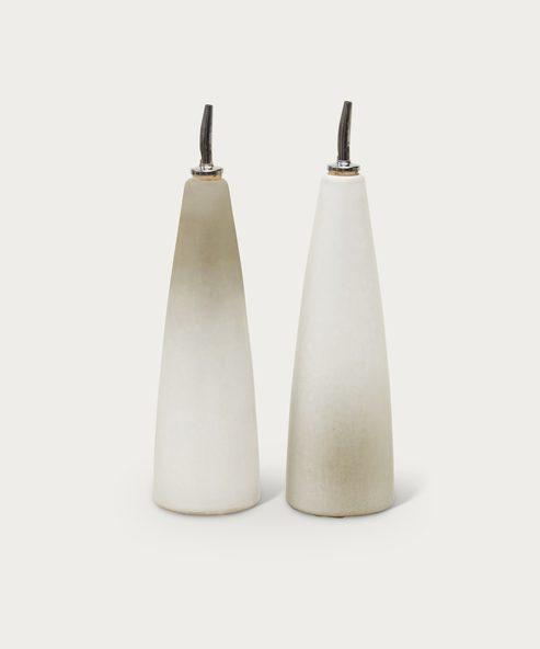 Stoneware Oil & Vinegar Set