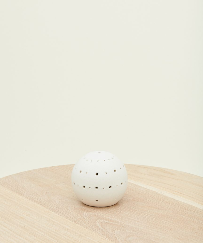 Small Cedar Ceramic Diffuser by Jenni Kayne